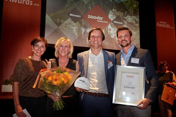 Uitreiking Zoover Award 2016 - Philipp Goos (Zoover) & Niels Jansen (Eurocamp)