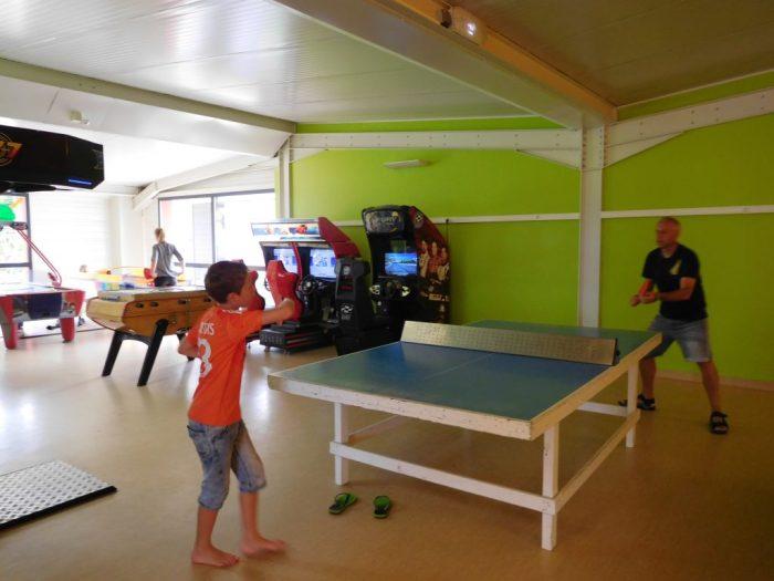 Camping Les Mouettes, spelletjesruimte - Eurocamp campingvakanties