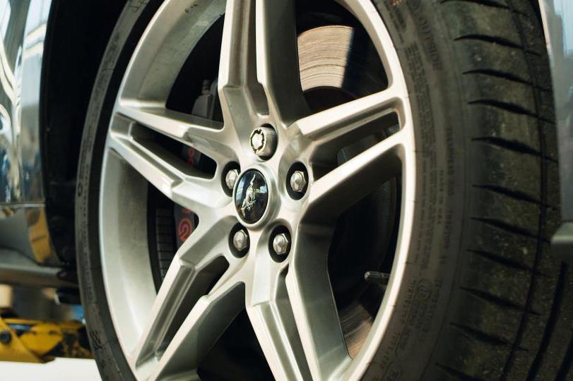 Tuercas seguridad 3D de Ford