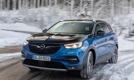 Opel incorpora la voz para manejar sus vehículos