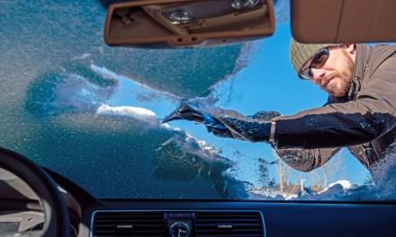 Consejos para retirar el hielo del parabrisas del coche