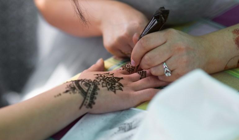 find henna tattoo for hire near you on eventeus.com