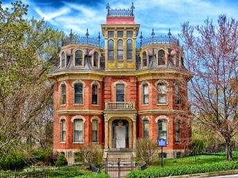 Fred B Sharon mansion, Davenport, Iowa