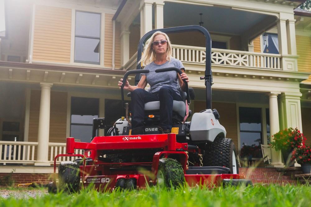 medium resolution of exmark pioneer s series zero turn riding mower