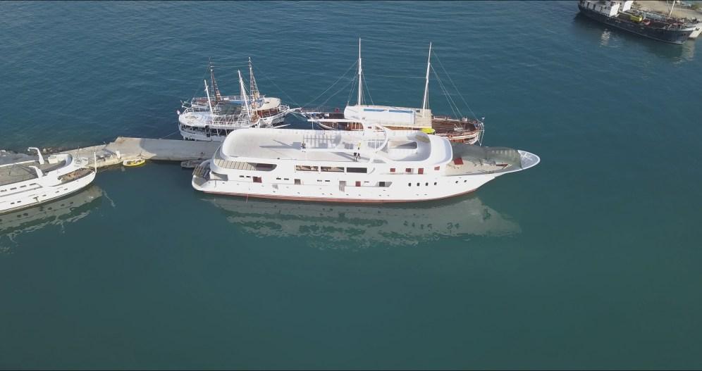 Adris-bateau-croisiere-construction
