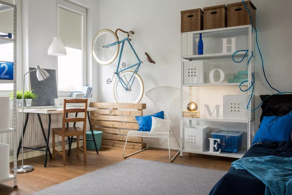 Small Space Living: Tips For Living in Small Homes & Apartments