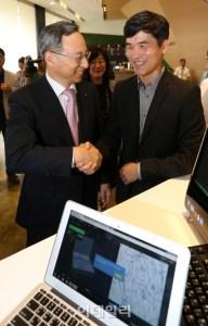 sebastian and Dr. Chang-Kyu Hwang of Korea Telecom