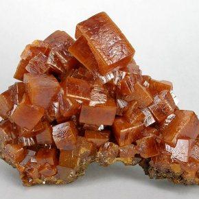 wulfenite, Eyewire, Eyewire Rocks, citizen science, geology, crystal