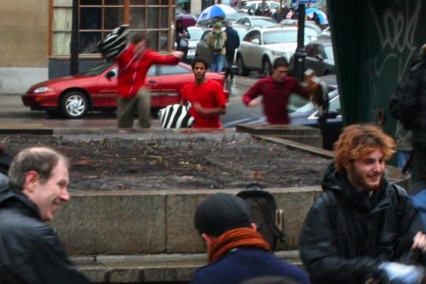 Three latecomers sprint to the scene