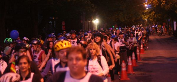 Vélo-Québec estimates 12,000 cyclists take part in the Tour la Nuit every year