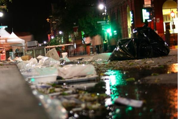 St. Laurent garbage 2