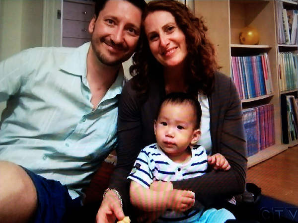 CTV Montreal newscast ends on Aug. 25 with a photo of Tarah Schwartz with husband Enrico and son Sam