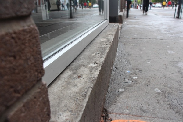 Anti-sitting spikes were also installed — and then removed — at McDonald's at Ste-Catherine and St-Christophe.