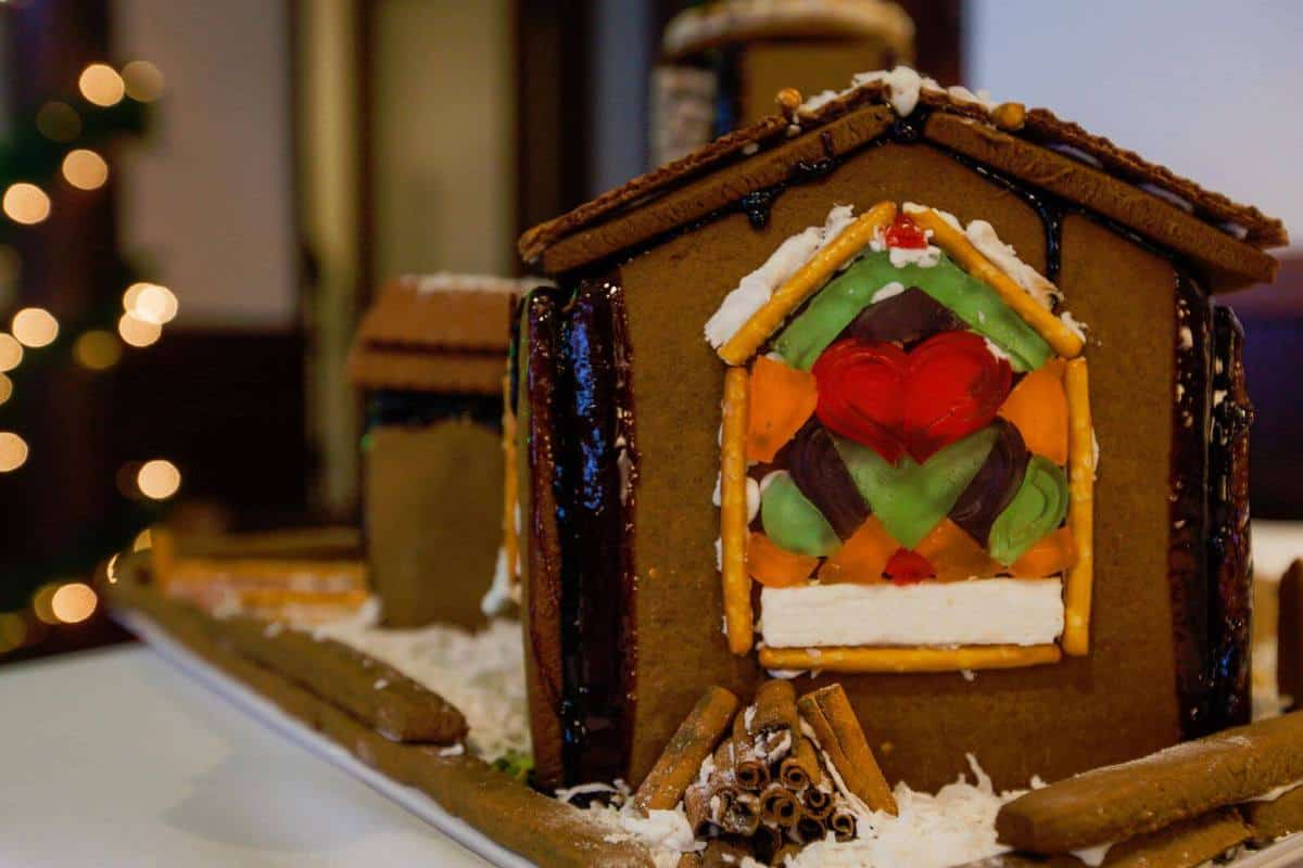 9 Creative Gingerbread House Ideas