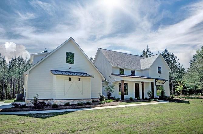 New 3 Bedroom Farmhouse Plan With Interior Photos