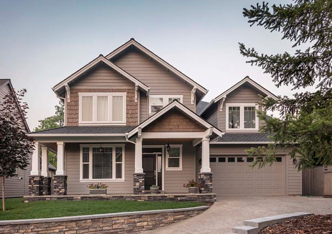 New 3 Bedroom Craftsman Style Home Plan With Interior Photos