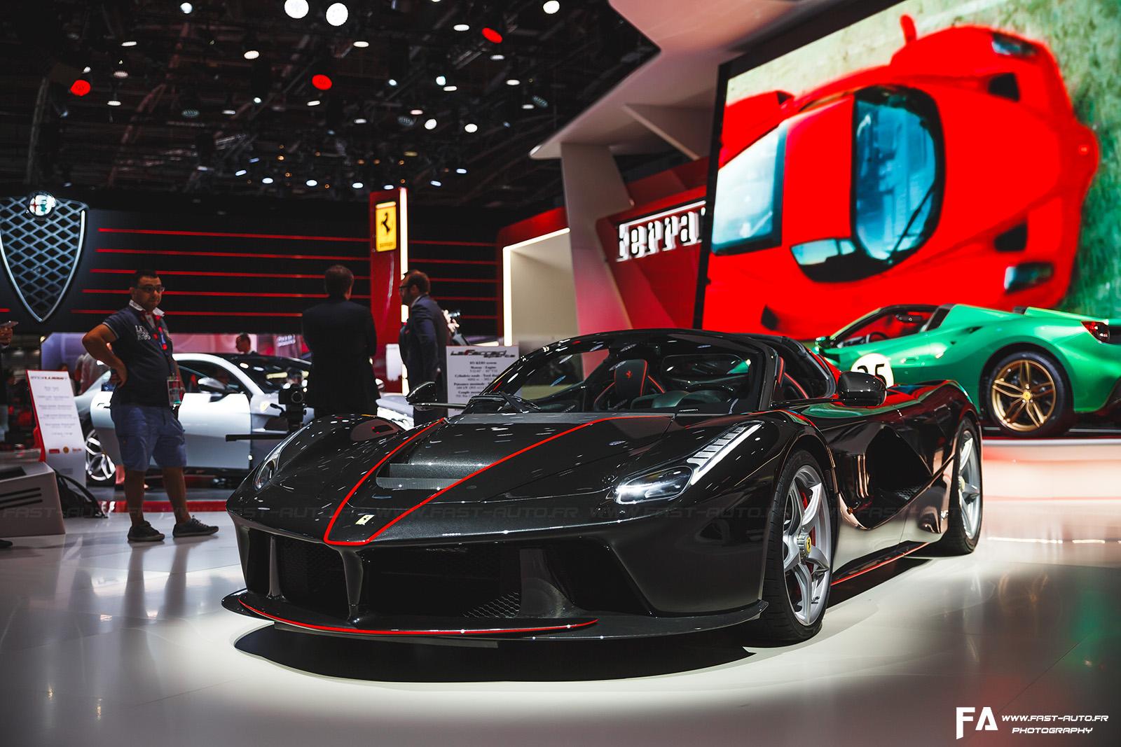 Ferrari LaFerrari Aperta Mondial de l'Automobile Paris 2016 - Photos