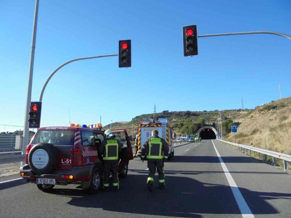 medium resolution of preparation accident simulation in tunnel