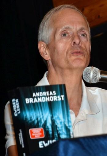 Mit Andreas Brandhorst wurde angeregt über ewiges Leben und Gentechnik disktutiert.