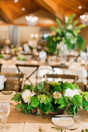 12Flora-Nova-Design-NW-green-Edgewater-wedding