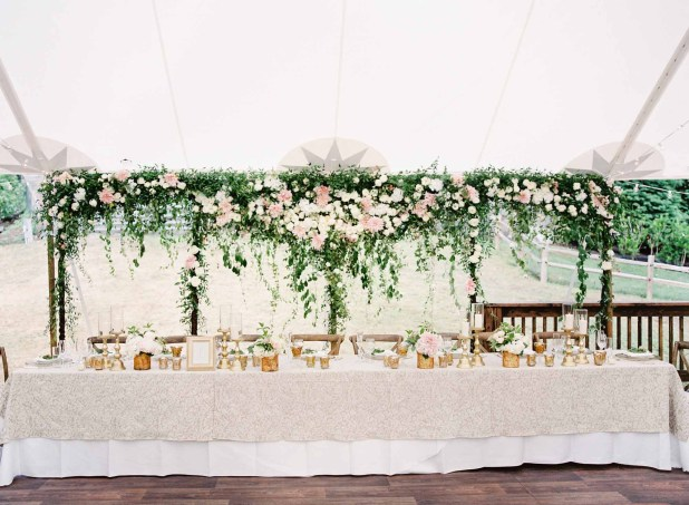 19Flora-Nova-Design-gorgeous-NW-tent-wedding