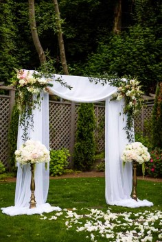 13Flora-Nova-Design-elegant-outdoor-wedding-seattle