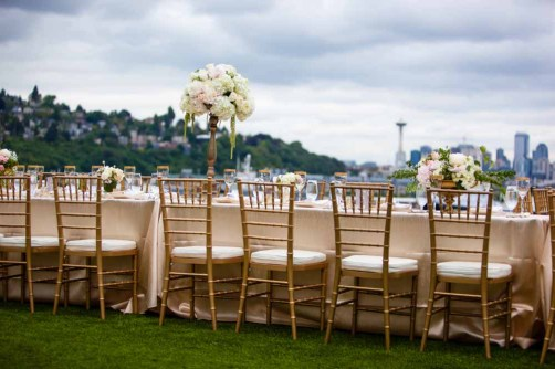 29Flora-Nova-Design-elegant-outdoor-wedding-seattle