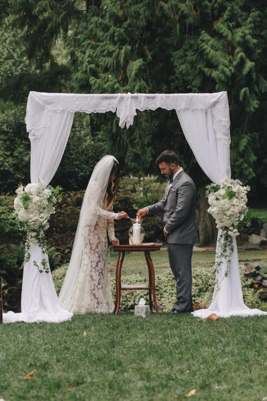 Flora-Nova-Design-Seattle-Romantic-Delille-Wedding-17