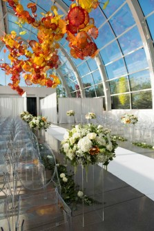 09Flora-Nova-Design-Luxe-Chihuly-Seattle-wedding
