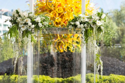 11Flora-Nova-Design-Luxe-Chihuly-Seattle-wedding