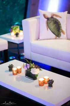 28Flora-Nova-Design-elegant-seattle-aquarium-wedding
