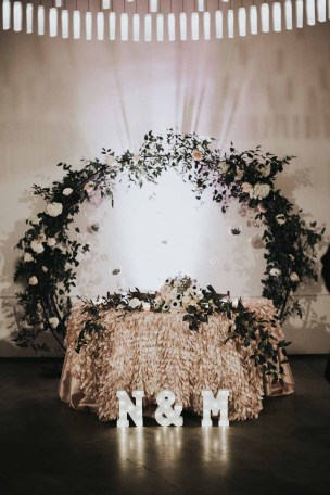 Flora Nova Design White Winter Wedding