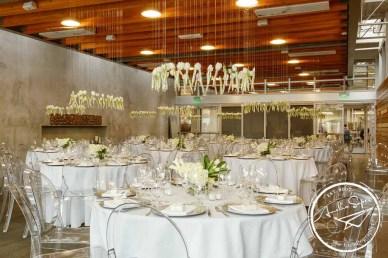 50white-spring-wedding-Januik-Flora-Nova-Design