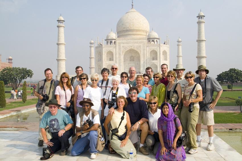 পর্যটকদের জন্য সীমান্ত খুলে দিচ্ছে ভারত