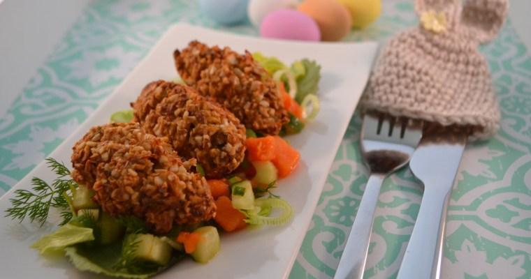 Mandel Kroketten auf Papaya Gurken Salat