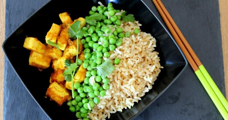 Marinierter Tofu mit Duftreis und grünen Erbsen