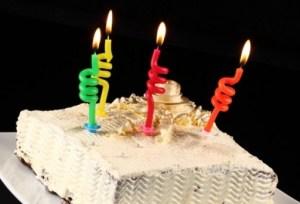 12 formas creativas de velas para tartas 6