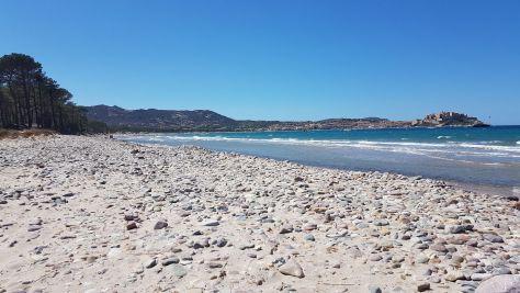Spiaggia di Calvi, ciottoli colorati