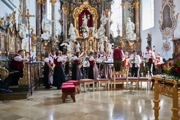 Kirchliche Trauung mit Die Harmoniemusik Seeg