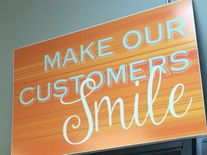 make the customers smile with personalized gifts