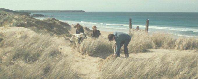 ドビーを埋葬するハリー達