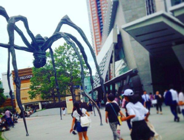 六本木ヒルズの巨大クモ