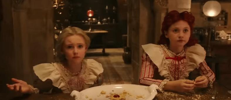 女王達の子供時代