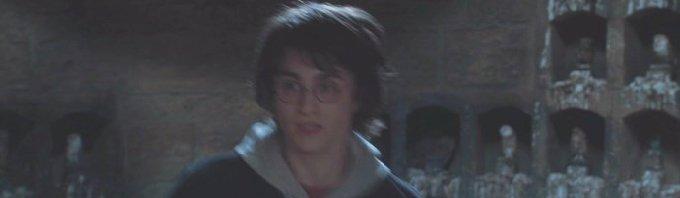 ハリーが必死