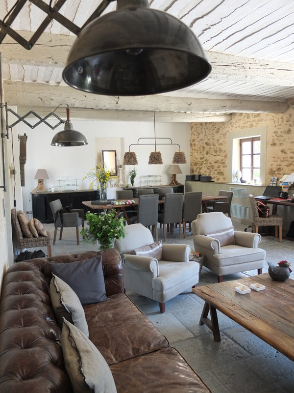 living room decor styles decorating ideas for wall niche interior design 8 popular types explained lazy loft by froy industrial kitchen