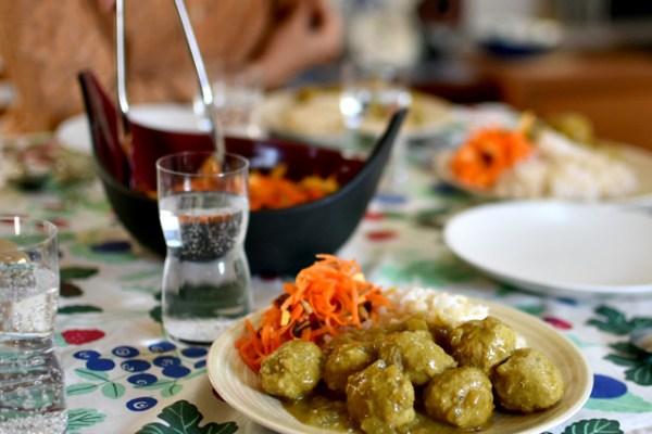 レシピ:デンマークのミートボールカレー