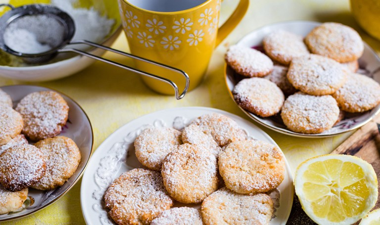 Hazelnut Nutty Tea Cookie Recipe