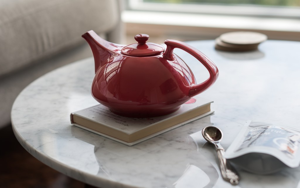 Teaz Stoneware Teapot