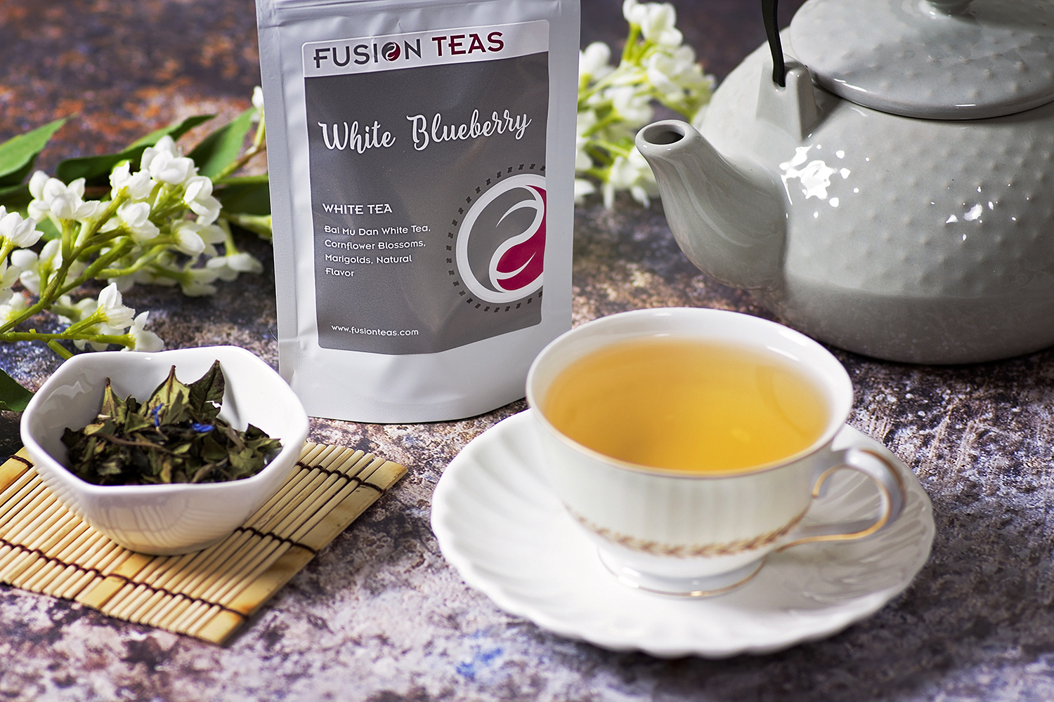 white blueberry organic white tea