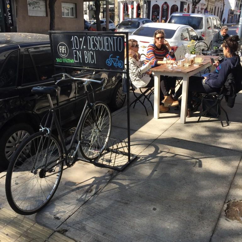 Palermo Viejo, bairro de Buenos Aires (com desconto de 10% para quem usa bicicleta)